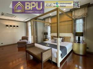 For RentHouseSukhumvit, Asoke, Thonglor : **Luxury house with 4 bedrooms for Rent** Sansiri Sukumvit 67 near BTS Prakanong