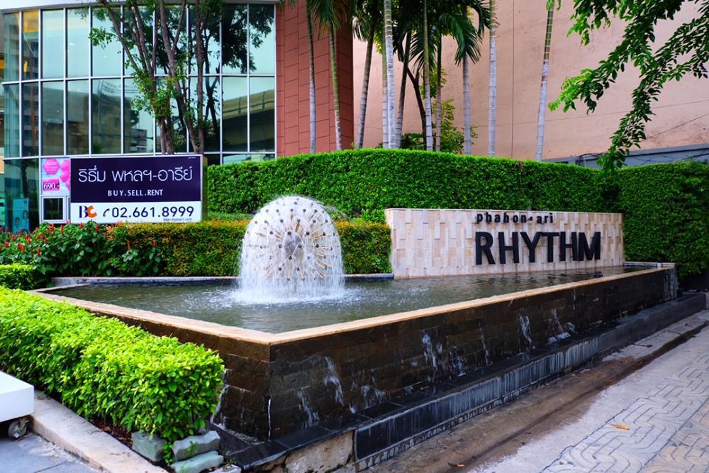 For SaleCondoSapankwai,Jatujak : For Sell  Rhythm Phahon - Ari- 1 Building with 53 Floor, 809 units- 2 Bedrooms 2 Bathrooms- 41 Floor: Utility space 65.21 SQ.M. Corner room