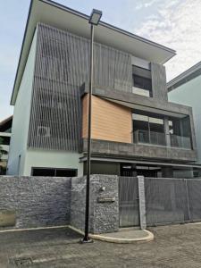 เช่าบ้านเลียบทางด่วนรามอินทรา : ให้เช่า บ้านเดี่ยวโครงการดิ ออเนอร์(THE HONOR)  บ้านสวย  พร้อมสระว่ายน้ำส่วนตัวระบบน้ำเกลือ