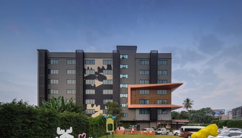 For SaleBusinesses for saleChiang Mai : ขายโรงแรม เชียงใหม่ โรงแรมขนาด 4 ดาว (ติดเจ้าของ)