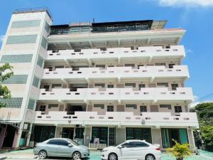 เช่าขายเซ้งกิจการ (โรงแรม หอพัก อพาร์ตเมนต์)เลียบทางด่วนรามอินทรา : ‼️ให้เช่า Apartment ทำโรงแรม, hopital รามอินทรา 79 ติดรถไฟฟ้าสายสีชมพู