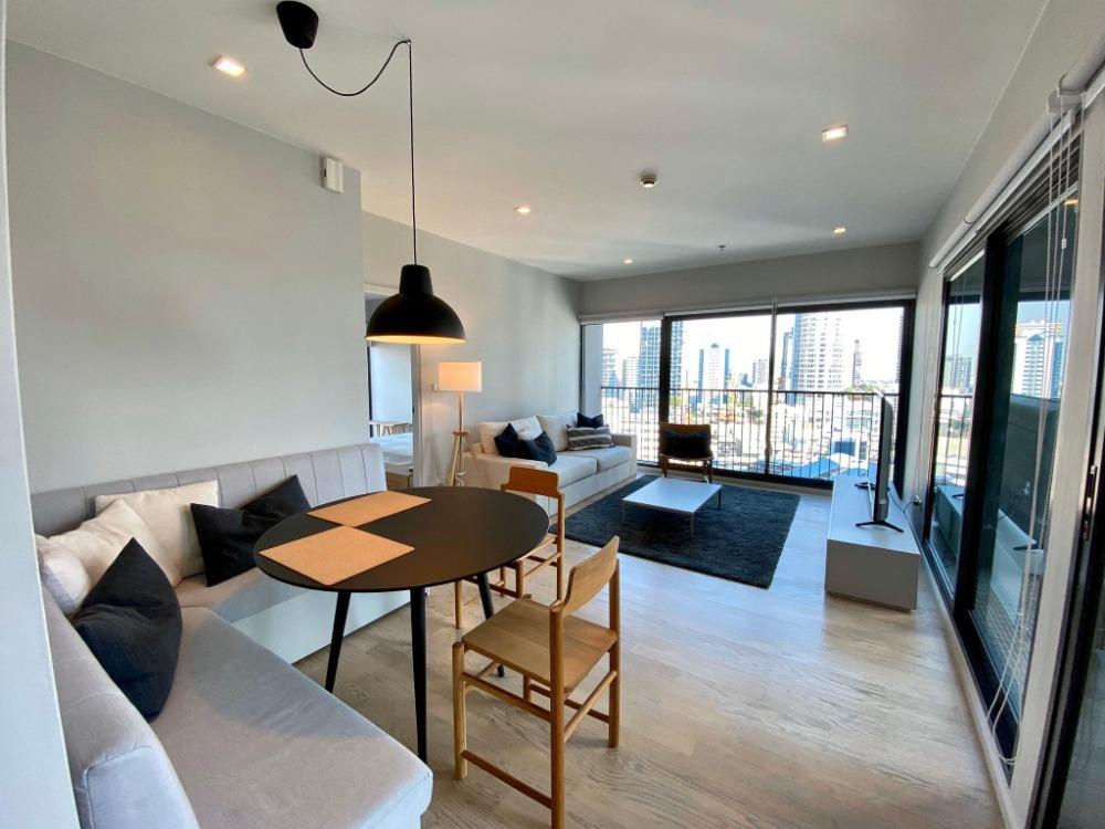 เช่าคอนโดสุขุมวิท อโศก ทองหล่อ : 🔥 Newly Renovated. Noble Remix 1 Bedroom 64 sq.m. Corner  unit. Ready to move in