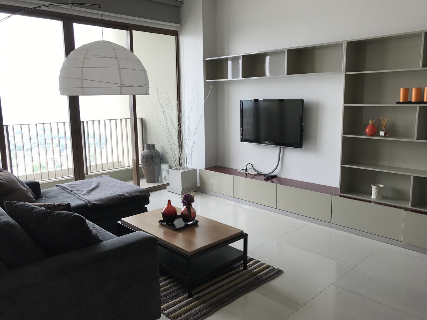 For RentCondoSukhumvit, Asoke, Thonglor : 1 Bedroom for rent at The Emporio Place(UN13816)