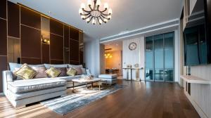 For RentCondoSukhumvit, Asoke, Thonglor : Sukhumvit 26 – KRAAM CONDO for Rent 2-bedroom nice View & Décor