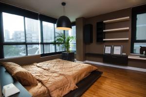 For RentCondoSukhumvit, Asoke, Thonglor : Urgent Rent++ Good Decor ++ Clove Thonglor 18++ Big Spacious Room ++ Contact for Viewing Negotiatiable 47000🔥