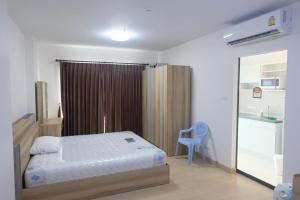 For RentCondoThaphra, Wutthakat : Supalai Loft Condo, Talat Phlu, near The Mall Thapra, near Talat Phlu BTS Station, 24th floor, size 32.93 square meters, rent 10000 baht per month