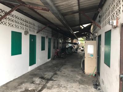 For RentHouseLadkrabang, Suwannaphum Airport : Single-storey house for rent, wide area, parking, near Namchai Market