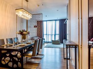 For RentCondoNana, North Nana,Sukhumvit13, Soi Nana : Super cheap rent Hyde Sukhumvit 13 100 sq m 3 bedrooms 55,000 baht / month