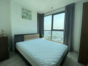 For SaleCondoOnnut, Udomsuk : Hurry to sell Ideo Mobi Sukhumvit 81, size 45 sq m, high floor, price 5.56 million.