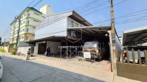 For RentWarehouseSamrong, Samut Prakan : Warehouse / warehouse for rent with office 800 sq m, near Suvarnabhumi Airport, Bang Phli, Samut Prakan