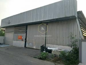 For RentWarehouseKaset Nawamin,Ladplakao : Warehouse / warehouse for rent with office 400 sq m.
