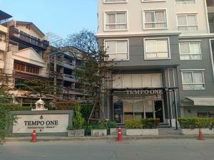 For RentCondoRamkhamhaeng, Hua Mak : Condo Tempo One Ramkhamhaeng - Rama 9, a very discounted price 7,500 baht per month