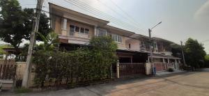 เช่าบ้านพัฒนาการ ศรีนครินทร์ : 3 Beds Single House Lake View in Pattanakarn for rent