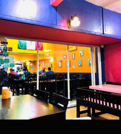 For RentShophouseSukhumvit, Asoke, Thonglor : Restaurant space for rent, Sukhumvit Soi 18, tight traffic A lot of foreign people