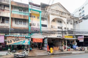 For SaleShophouseBangna, Lasalle, Bearing : Apartments for sale near Ramkhamhaeng University