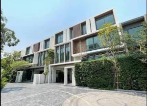 ขายทาวน์เฮ้าส์/ทาวน์โฮมรัชดา ห้วยขวาง : Selling : Luxury House with In Rama 9 Ratchada , 3 Bed bed 4 bath 2 Living Room , 3 Floors , 4 Parking lot, 442 sqm , 61.8 sqw 📌5 Mins to MRT Suthisarn 📌10 Mins to Central Rama 9 📌 Close to Hideway & Sukhumvit 🔥🔥Selling Price :  35,000,000 THB🔥🔥( Unfu