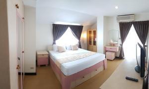 เช่าคอนโดรัชดา ห้วยขวาง : เช่าด่วน🔥ลดแรงมาก ห้องใหญ่มาก ชั้นบนสุด คอนโด Prasertsuk Place❗️ใกล้ MRT รัชดาภิเษก❗️