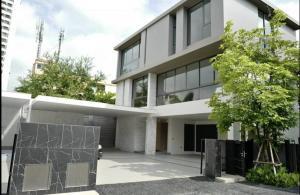 เช่าบ้านสุขุมวิท อโศก ทองหล่อ : Rental : House In Thonglor , 4 Bed 4 Bath , 119 sqw , Unfurnished