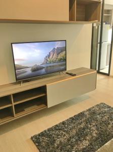 ขายคอนโดวิภาวดี ดอนเมือง หลักสี่ : ขายด่วน KnightsBridge Phaholyothin Interchange ชั้นสูง ห้องสวยพร้อมอยู่  furniture build-in ครบ ราคาถูก