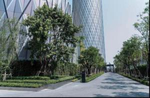 For RentCondoWongwianyai, Charoennakor : FOR RENT: LUXURY Riverfront Service Residences, BANYANTREE 1Bedroom