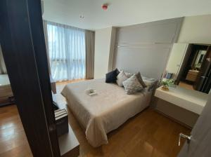 For SaleCondoSiam Paragon ,Chulalongkorn,Samyan : M3318-Condo for sale at Altitude Define, near Sam Yan MRT, fully furnished. The decorations are not included. Ready to move in