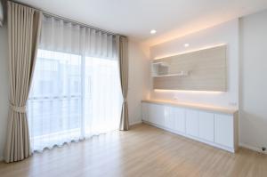For RentTownhousePattanakan, Srinakarin : House for rent in Klang Muang Sukhumvit 77