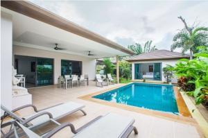 For RentHousePhuket, Patong : villa for rent@Bangtao Beach,Phuket