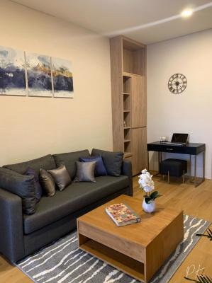 For RentCondoSukhumvit, Asoke, Thonglor : Condo for rent, Siamese Exclusive, Sukhumvit 42, near BTS Ekkamai.