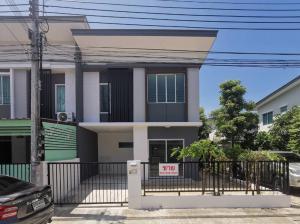 For SaleTownhouseSamrong, Samut Prakan : Cheap sale, 2-storey townhome behind the corner, large, renovated, Pruksa Ville 66/1 Bangna-Namdaeng, Srinakarin