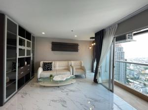 For RentCondoSilom, Saladaeng, Bangrak : Condo for rent, Silom Suite, size 49 square meters, 1 bedroom, 1 bathroom, 29th floor, 19000 baht.