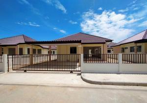 For SaleHouseHatyai Songkhla : Open to book a single-storey house Thaweesuk 2 Village, Khuan Hin, near Songkhla town Near Songkhla Rajabhat University 64-141 square wa starting at 2.59 million baht
