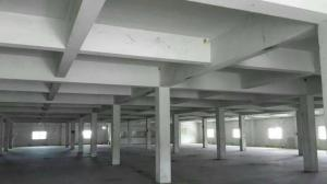 For RentWarehouseBangna, Lasalle, Bearing : Land for rent with 3-storey buildings in Bangna Trad area, area 7 rai.