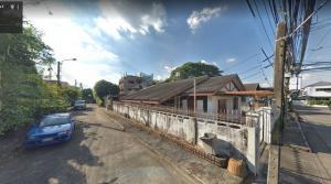 For SaleLandRatchadapisek, Huaikwang, Suttisan : Land and buildings for sale, Soi Sua Yai, Ratchadaphisek 36, area 160 sq m, 300 meters from Ratchadaphisek Road D28.