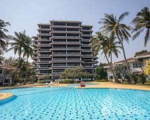 For SaleCondoCha-am Phetchaburi : Cha-am beach condo for sale, Regent Villa project