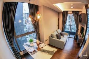 For RentCondoSukhumvit, Asoke, Thonglor : ***Condo for rent : The Lumpini 24 (High Floor ) Special price!!! ***