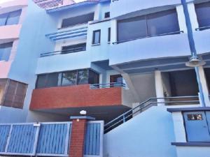 For RentHome OfficeBangna, Lasalle, Bearing : For Rent Townhome Office, 5-storey office, Thana City Bangna Km.14 Village, near Mega Bangna