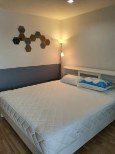 For SaleCondoOnnut, Udomsuk : Room for sale, 31 sq m, open view, 7th floor, Regent Home 19, sale 1.75 million baht.
