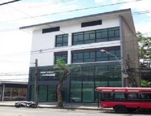 เช่าตึกแถว อาคารพาณิชย์อ่อนนุช อุดมสุข : ให้เช่าอาคารสำนักงาน 4 ชั้น ซอยสุขุมวิท ประมาณ 100 เมตร ริมถนนสุขุมวิท ใกล้ BTS ปุณณวิถี มีแอร์ 7 เครื่อง เหมาะเป็นสำนักงาน , Studio หรือ Showroom ทำเลดีที่สุด เดินทางสะดวกสุด