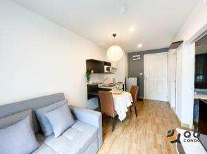 For RentCondoKaset Nawamin,Ladplakao : For rent Baan Navatara 1 Bed, size 33 sq.m., Beautiful room, fully furnished.