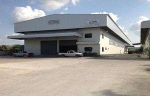 For RentWarehousePattaya, Bangsaen, Chonburi : Warehouse for rent, area 1,000 sq m., Purple area, Ban Kao subdistrict, Chonburi province, near Mercury Way.