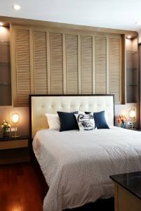 For SaleCondoWitthayu,Ploenchit  ,Langsuan : Urgent sale Q Langsuan, very beautiful room, Tel. 0921961444.