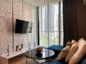 For RentCondoSukhumvit, Asoke, Thonglor : For Rent Noble Recole Sukhumvit 19 Near BTS Asoke