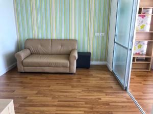 For RentCondoLadprao 48, Chokchai 4, Ladprao 71 : Condo for rent, beautiful room, high floor, furniture, electrical appliances, Ladprao, Chokchai 4, next to the train (yellow) in the future