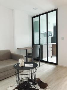 For RentCondoLadprao 48, Chokchai 4, Ladprao 71 : Condo for rent atmoz Ladprao 71 6th floor RE63-0230