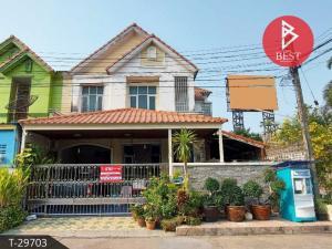 For SaleTownhouseRangsit, Thammasat, Patumtani : Townhouse for sale Wararak Village Rangsit-Khlong Sam, Pathum Thani
