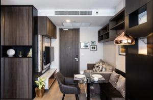 For RentCondoSiam Paragon ,Chulalongkorn,Samyan : 🔥Very beautiful room🔥Ashton Chula Studo 26 Sqm. Built-in room, high floor, beautiful view, complete electrical appliances 095-249-7892