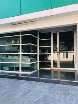 For RentShowroomSukhumvit, Asoke, Thonglor : Building for rent, show room, product Sukhumvit 39 (Phrom Phong).