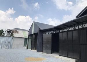 เช่าโกดังลาดพร้าว เซ็นทรัลลาดพร้าว : ให้เช่าโกดังสร้างใหม่ ซอยลาดพร้าว 35 พื้นที่ 120 ตารางเมตร ทำเลดี เหมาะเก็บสินค้า หรือ เป็น Studio