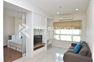 For RentCondoWongwianyai, Charoennakor : Hot Price!! Corner Room Condo for Rent Near BTS Krung Thonburi - Q House Condo Sathorn @16,000 Baht/Month