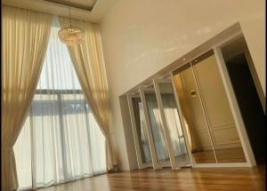 For SaleCondoSathorn, Narathiwat : ++++ Urgent rent +++ The Sukhothai Residence ** 3 bedrooms 206 sq m.